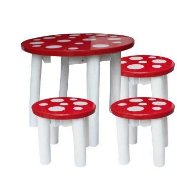 Outdoor Mushroom table and 3 stools